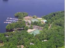 Terrain for sales at Woodridge Lake Building Lot Bentley Circle, Lot #143   Goshen, Connecticut 06756 États-Unis
