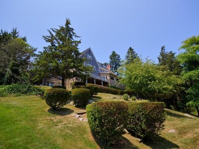 Casa Unifamiliar for sales at 6 Overlook Drive  Watch Hill, Rhode Island 02891 Estados Unidos