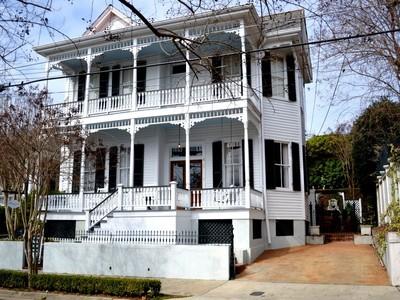 Casa para uma família for sales at Mornin'side 306 South Union Street Natchez, Mississippi 39120 Estados Unidos