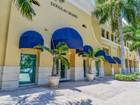 Kat Mülkiyeti for sales at Douglas Grand 50 Menores Ave #425 Coral Gables, Florida 33134 Amerika Birleşik Devletleri