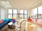 Appartement en copropriété for  sales at South Facing Corner Loft 5-9 Hudson St Unit 5S  Midtown, Boston, Massachusetts 02111 États-Unis