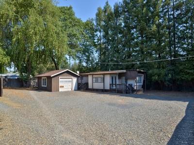 独户住宅 for sales at 27150 Chrome Iron Road   Cloverdale, 加利福尼亚州 95425 美国
