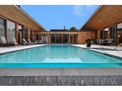 Частный односемейный дом for sales at 91 Westwood Lane  Toronto, Онтарио L4C6X7 Канада