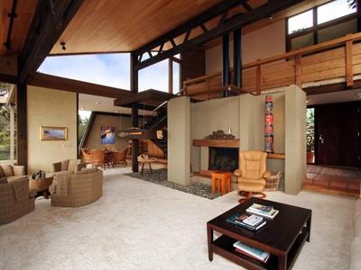 独户住宅 for sales at One-of-a-Kind Architectural Beauty in Coveted Location! 361-363 Main Street  Morro Bay, 加利福尼亚州 93442 美国