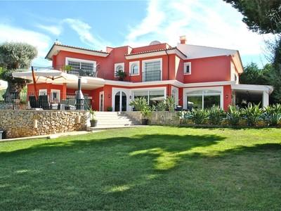 Casa Unifamiliar for sales at Spacious family home near golf course Santa Ponsa  Santa Ponsa, Mallorca 07008 España