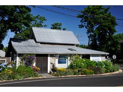 Nhà chung cư for sales at Oak Bluffs Art's District Condo 91 Dukes County Avenue Oak Bluffs, Massachusetts 02557 Hoa Kỳ