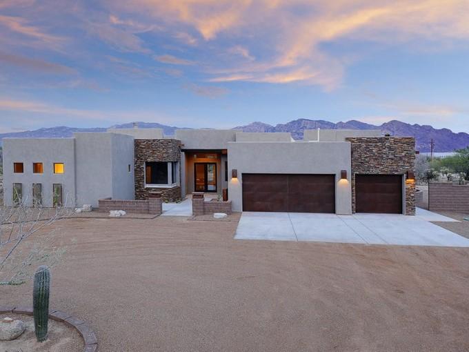 Nhà ở một gia đình for sales at Rare Oro Valley New Construction 11220 N Coyote Blue Court Tucson, Arizona 85742 Hoa Kỳ