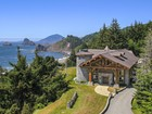 独户住宅 for  sales at Oceanfront Log Home In Perfect Harmony with Sand, Sea & Timber! 35400 Highway 101 Gold Beach, 俄勒冈州 97444 美国