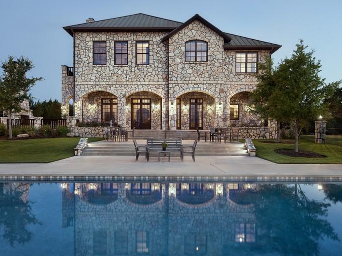 Casa Unifamiliar for sales at Luxurious Estate Near Austin 206 S Angel Light Dr Spicewood, Texas 78669 Estados Unidos