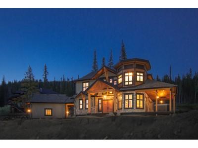 独户住宅 for sales at Nestled amongst the Ski Trails 5415 Lookout Ridge Place   Sun Peaks, 不列颠哥伦比亚省 V0E 5N0 加拿大