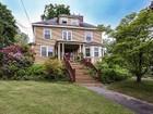 多戶家庭房屋 for  sales at Special Opportunity to own Queen Anne Colonial 4 Ward Street   Woburn, 麻塞諸塞州 01801 美國