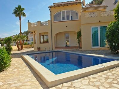 Maison unifamiliale for sales at Grande villa avec de superbes vues mer et montagne Benitachell Moraira, Alicante Costa Blanca 03724 Espagne