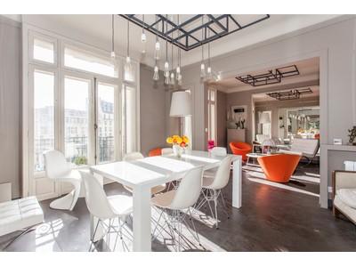 Apartment for sales at Chauchat 2 boulevard Haussmann, 75009  Paris, Paris 75009 France