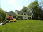 Maison unifamiliale for sales at Country Charmer 376 Pine Brook Road Bedford, New York 10506 États-Unis