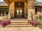 獨棟家庭住宅 for  sales at 1084 Country Club Estates Dr. 1084 Country Club Estates  Dr. Castle Rock, 科羅拉多州 80108 美國