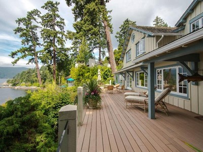 Casa Unifamiliar for sales at Private Waterfront Oasis 6010 Gleneagles Place  West Vancouver, British Columbia V7W3A1 Canadá