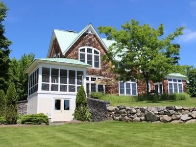 Maison unifamiliale for sales at High Ridge Road Cotemporary 336 High Ridge Road Burke, Vermont 05832 États-Unis