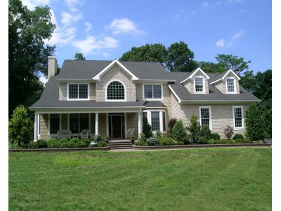 Single Family Home for sales at Navesink 189 Monmouth Ave Middletown, New Jersey 07748 United States