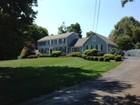 Villa for  sales at 36 Doe Hollow Drive   Trumbull, Connecticut 06611 Stati Uniti