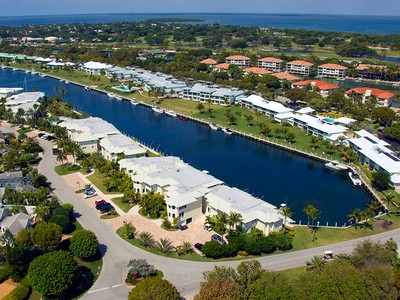 Copropriété for sales at Casual Elegance in Condominium Living at Ocean Reef 14 Marlin Lane Unit B Key Largo, Florida 33037 United States