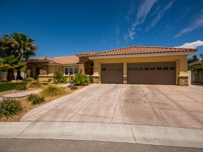 단독 가정 주택 for sales at 6110 Kings Brook Ct  Las Vegas, 네바다 89149 미국