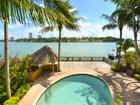 단독 가정 주택 for sales at 1396 Bay Road   Miami Beach, 플로리다 33141 미국