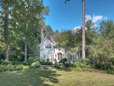 獨棟家庭住宅 for sales at Brookhaven 4295 Club Drive NE  Atlanta, 喬治亞州 30319 美國