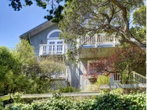 Vivienda unifamiliar for sales at Absoutely Charming 21 Lower Crescent Ave.   Sausalito, California 94965 Estados Unidos