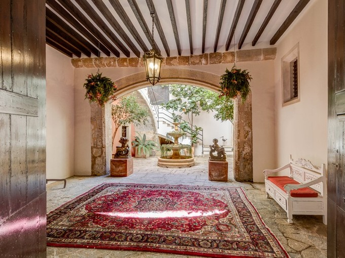 Single Family Home for sales at Impressive ancient palace of the 17th century    Palma, Mallorca 07012 Spain