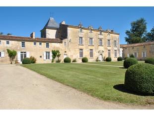 Other Residential for sales at Logis  Other Poitou-Charentes, Poitou-Charentes 17810 France