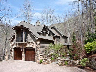Moradia for sales at 869 Big Buck Road  Highlands, Carolina Do Norte 28741 Estados Unidos