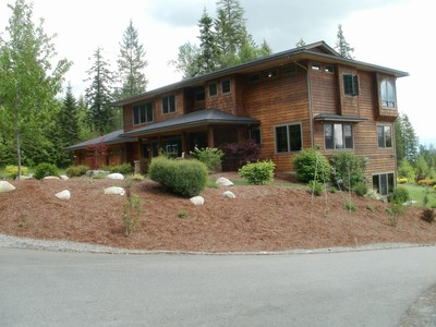 Einfamilienhaus for sales at Mountaintop Estate Above Sandpoint 543 Forest Knolls Drive Sandpoint, Idaho 83864 Vereinigte Staaten