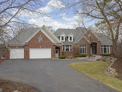 Villa for sales at 18150 Jannevar Ct , Lakeville, MN 55044 18150  Jannevar Ct  Lakeville, Minnesota 55044 Stati Uniti
