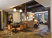 Condominio for sales at Lumiere, Unit 602 118 Lost Creek Lane Lumiere, Unit 602  Mountain Village, Telluride, Colorado 81435 Stati Uniti