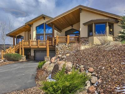 Casa Unifamiliar for sales at Incredible Quality Throughout plus Views 372 E Big Dutch Dr Heber, Utah 84032 Estados Unidos