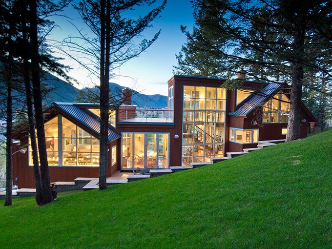 Nhà ở một gia đình for sales at In-town Contemporary Living with Views 170 Spruce Dr Town Of Jackson, Wyoming 83001 Hoa Kỳ