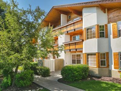 Casa Unifamiliar Adosada for sales at Pristine Get-Away at Zermatt Resort & Spa; Live the Good Life 752 N Hot Springs Dr Midway, Utah 84049 Estados Unidos