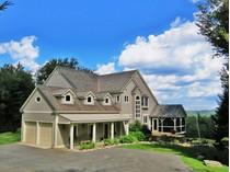 Moradia for sales at Mountain Elegance 178 County Road   Stratton, Vermont 05155 Estados Unidos