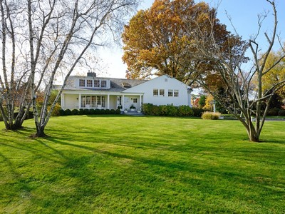 단독 가정 주택 for sales at Sophisticated understated elegance 39 North Island Drive   Rye, 뉴욕 10580 미국