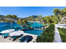 Single Family Home for sales at Villa with sea access in Camp de Mar  Camp De Mar, Mallorca 07157 Spain