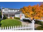 Vivienda unifamiliar for  sales at 1322 Central Avenue    San Carlos, California 94070 Estados Unidos