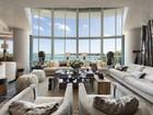 Appartement en copropriété for  sales at Bristol Tower 2127 Brickell AV #703  Miami, Florida 33129 États-Unis