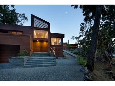 단독 가정 주택 for sales at Contemporary Oceanfront 8801 Ainslie Point Road Pender Island, 브리티시 컬럼비아주 V0N2N3 캐나다
