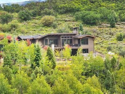 Maison unifamiliale for sales at Beautiful Home-Site in Summit County 8814 Parley's Ln Lot 33 Park City, Utah 84098 États-Unis