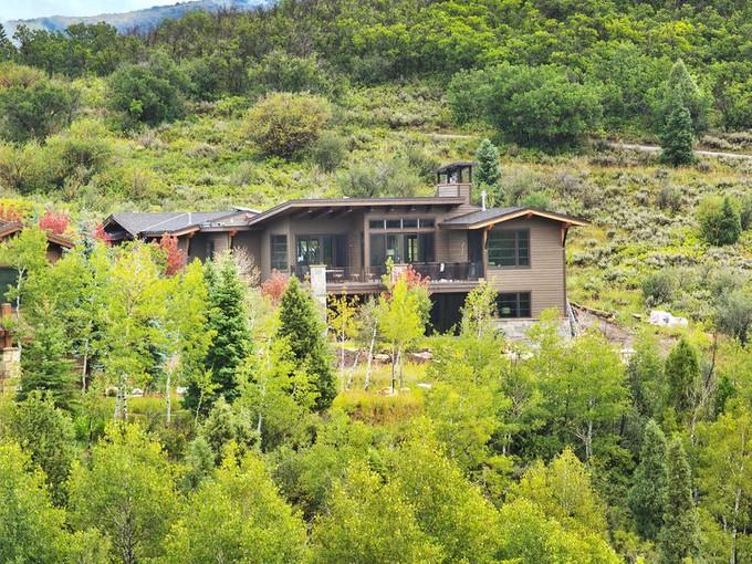 Maison unifamiliale for sales at Beautiful Home-Site in Summit County 8814 Parley's Ln Lot#33 Park City, Utah 84098 États-Unis