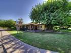 Частный односемейный дом for sales at Charming Tempe Home 1715 S Sierra Vista Drive Tempe, Аризона 85281 Соединенные Штаты