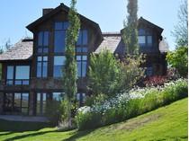 Casa para uma família for sales at Mountain Majesty 500 Cottongrass   Driggs, Idaho 83422 Estados Unidos