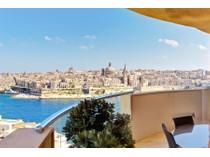 Apartamento for sales at Majestic Tigne Apartment With 360° Views Sliema, Sliema Valletta Surroundings Malta