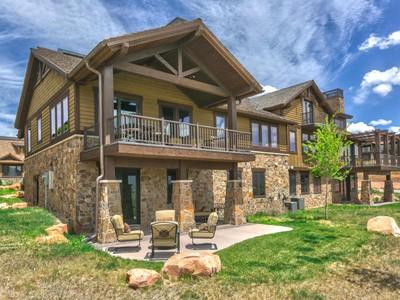 Maison unifamiliale for sales at Red Ledges Mountain Villa 1632 E Abajo Peak Ct Heber City, Utah 84032 États-Unis