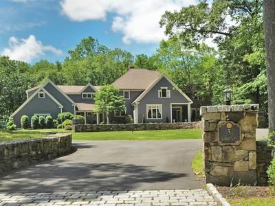 独户住宅 for sales at Turnkey Colonial 3 Kirsten Place Weston, 康涅狄格州 06883 美国